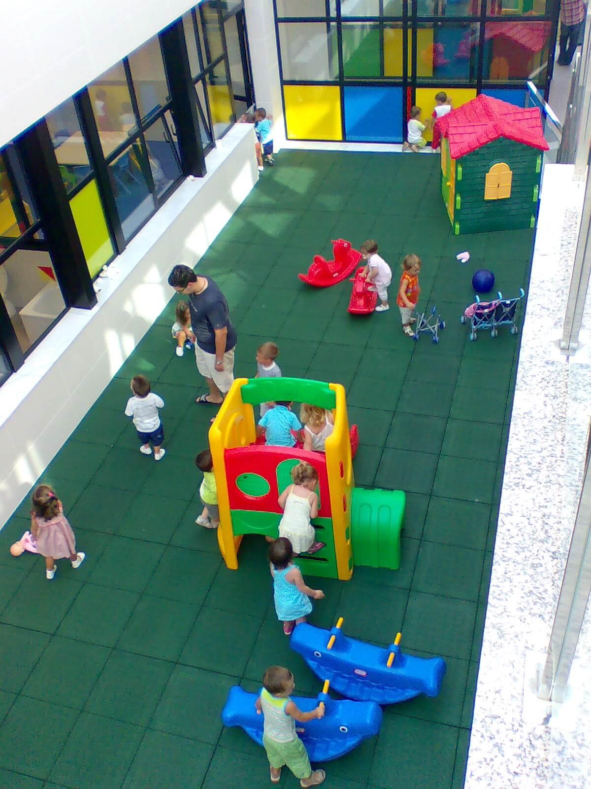 Suelo de Caucho Infantil · Valencia · |COMON| pavimentos seguridad